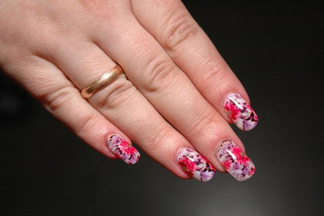 Цветы на ногтях цена